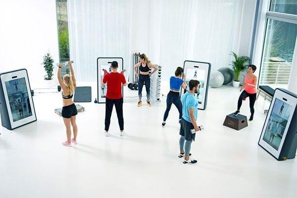 Pixformance-Firmen-Fitness-Wir-machen-Ihr-Team-stärker-Besser-effizienter-Zirkeltraining01