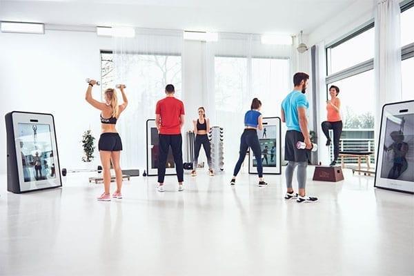 Pixformance-Firmen-Fitness-Wir-machen-Ihr-Team-stärker-Besser-effizienter-Zirkeltraining03
